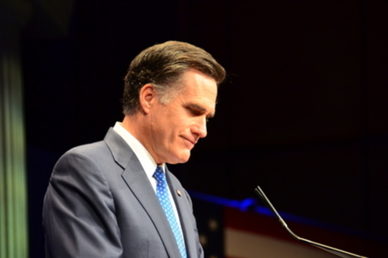 Romney looking to Detroit suburbs